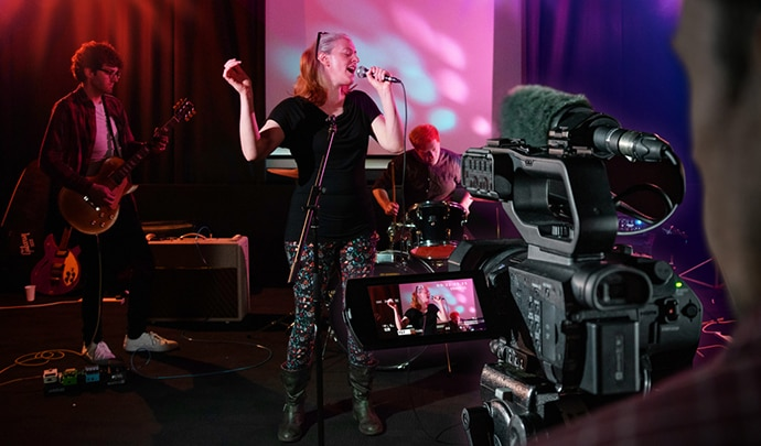 PXW-Z90 shooting music video in studio