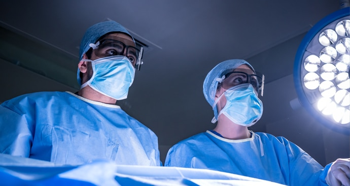 Surgeons wearing Sony 3D eye shields to view 3D content