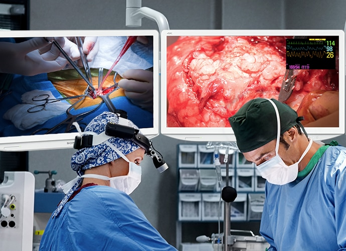 Doctors in operating room use Sony medical displays and nucleus platform