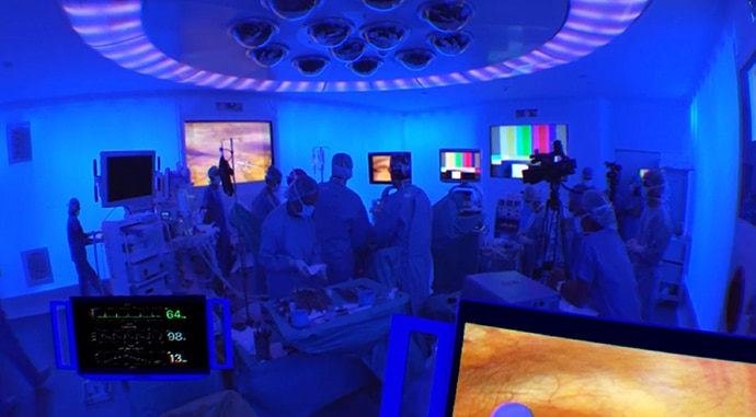 A view of the VR interface showing the surgery in progress in Hospital Clinic Barcelona