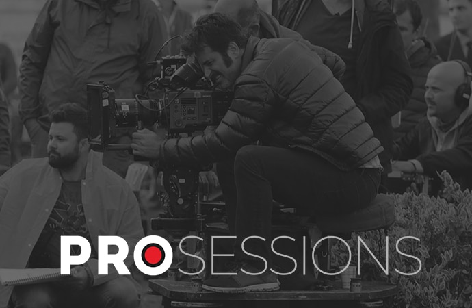 Soykut Turan und das Team filmen im Freien