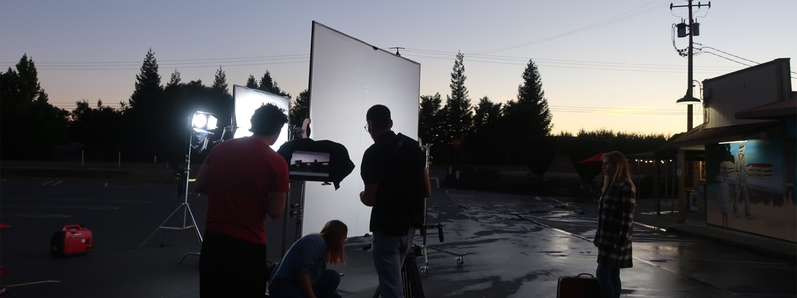 Shooting at dusk with PXW-FX9